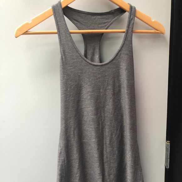 lululemon athletica Tops - Lululemon sz 6 light grey cool racerback tank